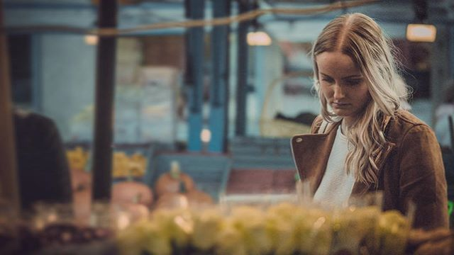 shop girl 🇸🇪 #stockholm #sweden #gh5 #m43