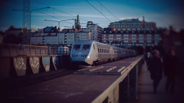 🚉to södermalm 🇸🇪 #stockholm #sweden #gh5 #cctvlens