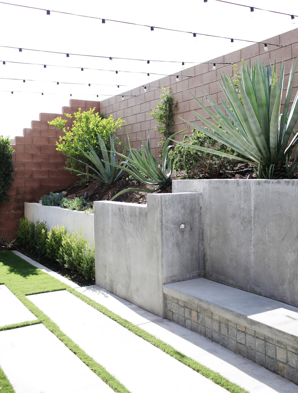 small modern backyard ideas
