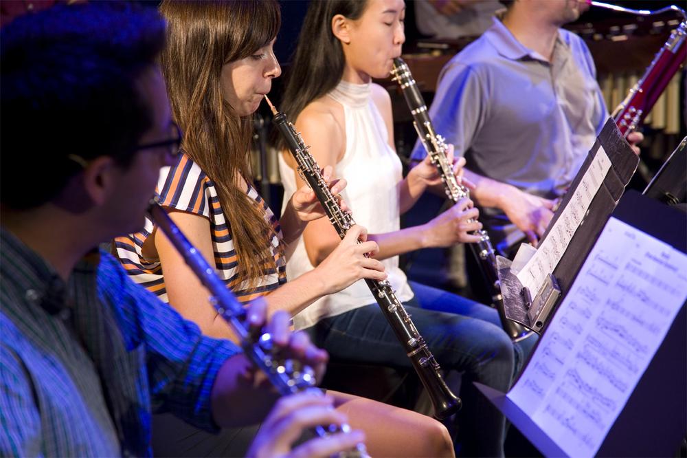 Nu_Deco_clarinets.jpg