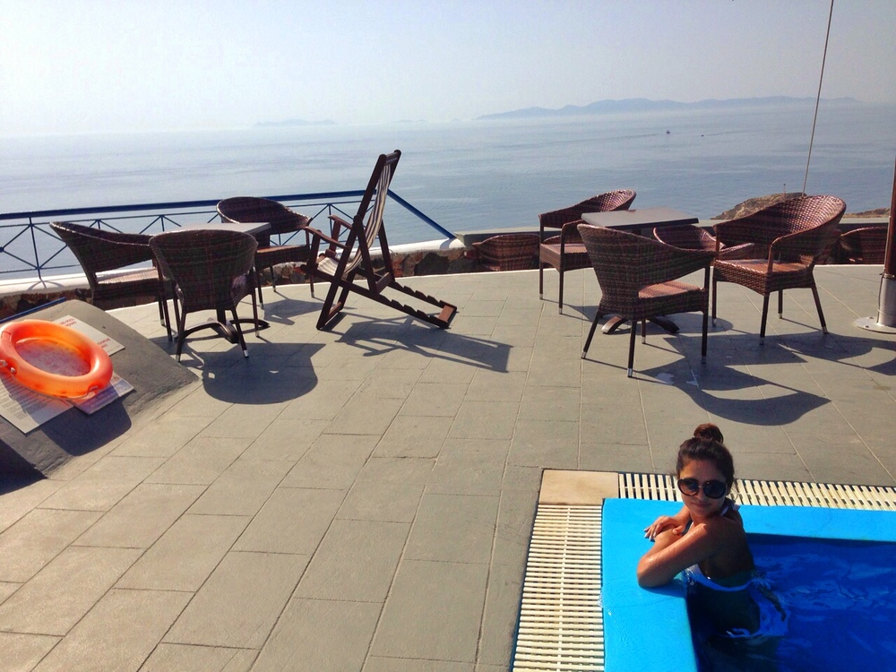 Lioyerma Lounge, wearing- Zara bikini