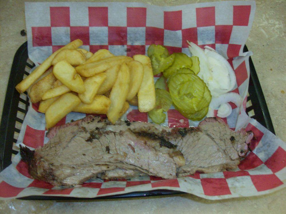 Bar-B-Que Plate (one meat: Brisket) with fries
