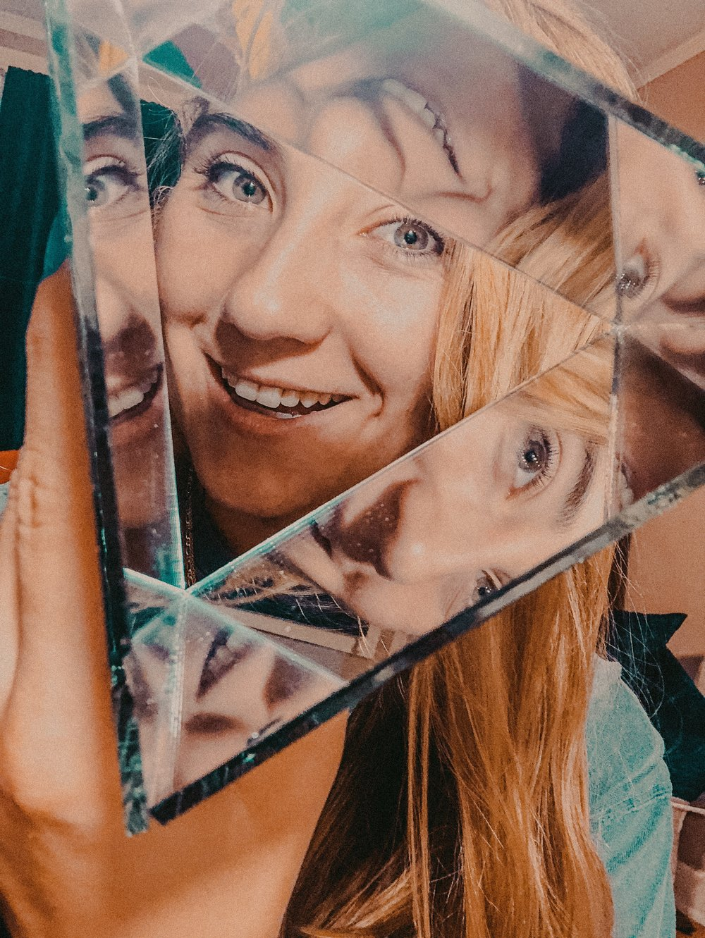 How to Make DIY Kaleidoscope Photos | Jordan Hefler