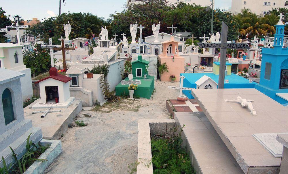 Jerry Bradley Isla Mujeres 3-2010 016.jpg