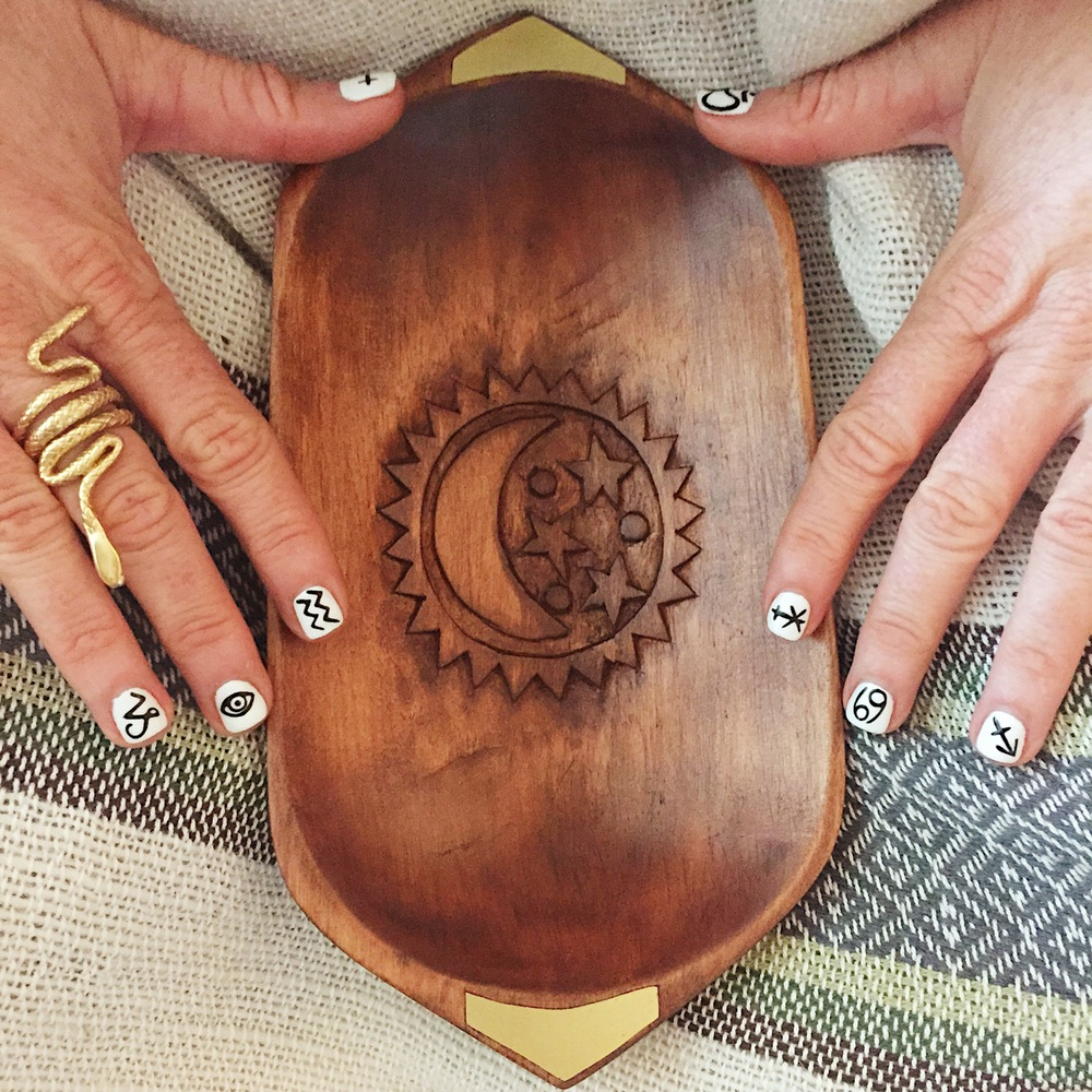 hand-carved_wooden_tray__with_inlay_.jpg