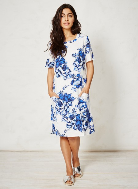 wsd2635-mokomo-tencel-organic-cotton-dress-delft-blooms-front.jpg