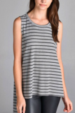 grey_stripe_tunic_close_up_compact.png
