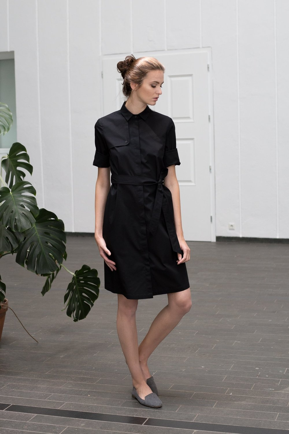 Mila.Vert_Trench_shirt_dress_in_black.jpg