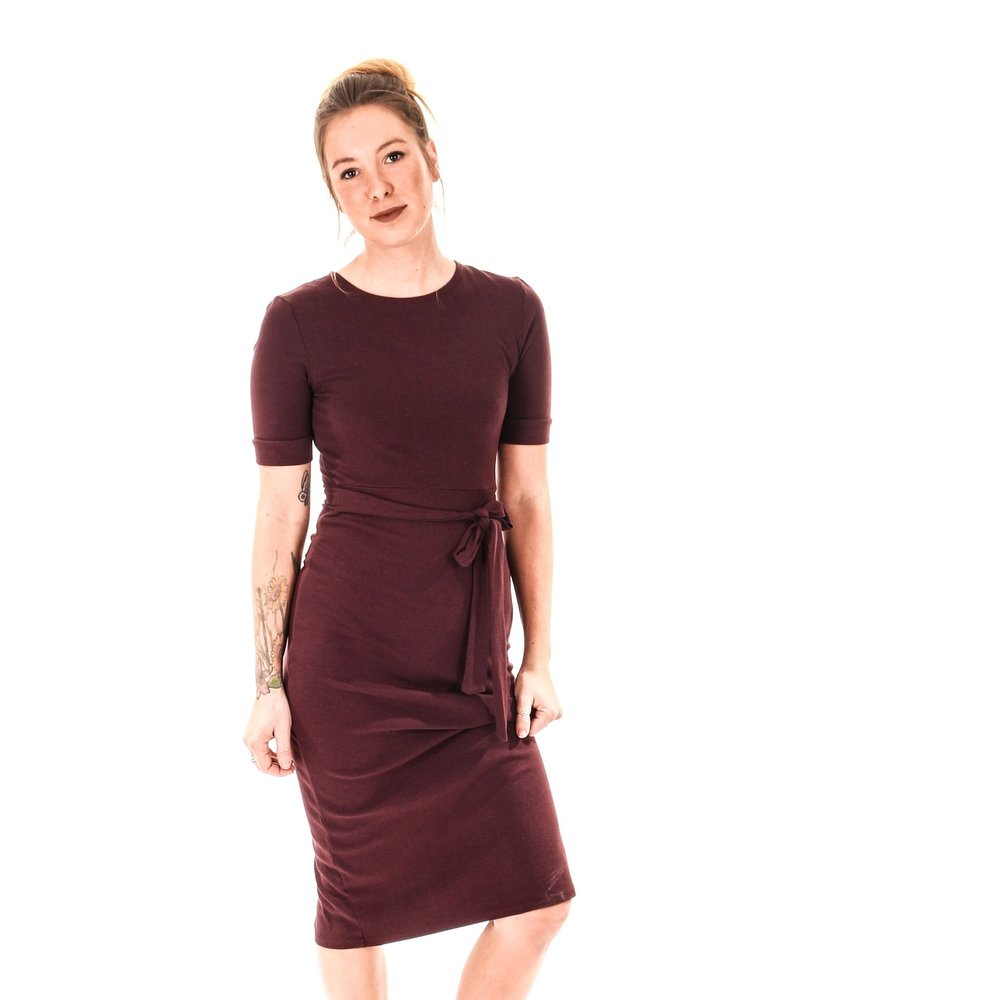 Evalina Dress ,  Joon + Co . $128  *use code s ustainablychic30  for 30% off*