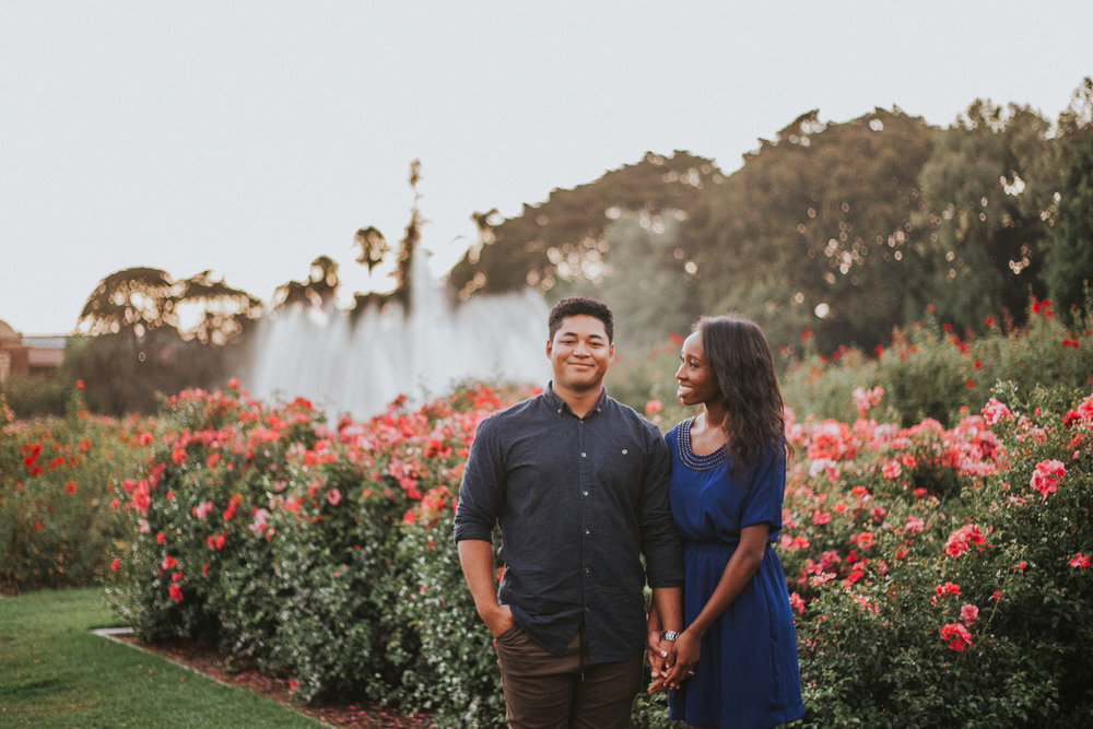 los_angeles_rose_gardens_engagement_session_victoriavelasteguihphotography-13.jpg