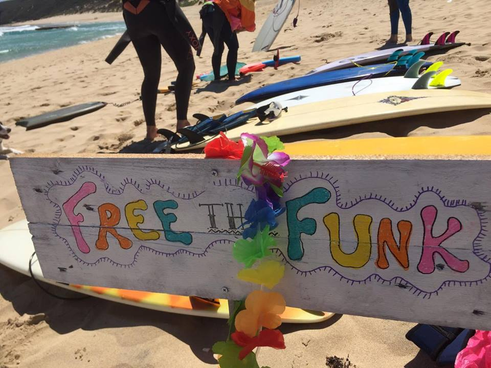 Free the Funk surf with Onewave community & Spread the froth