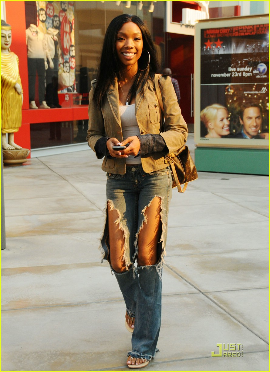 Photo Source: justjared.com