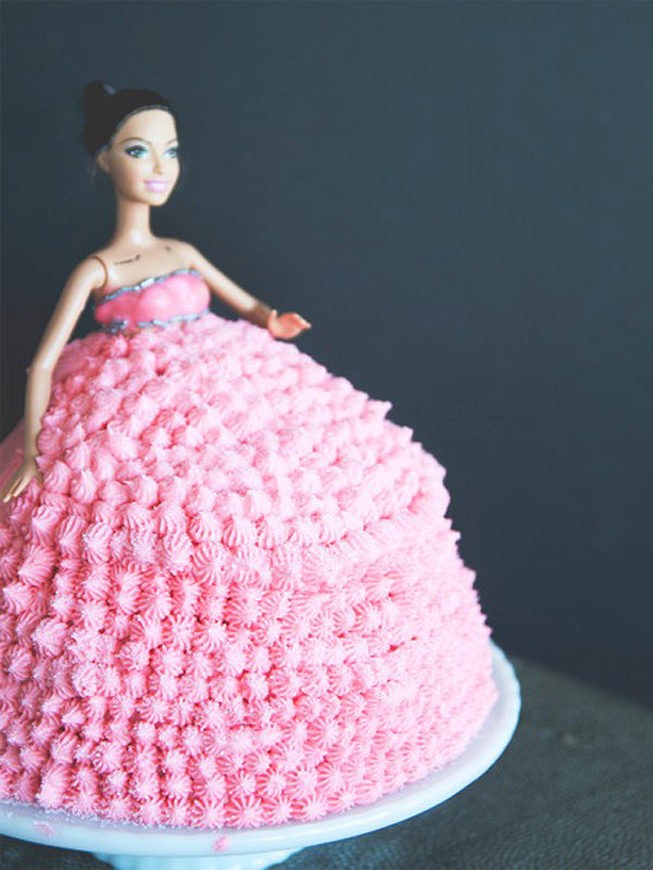 Rihanna 'Dolly Cake' by Claire Thomas of Kitchy Kitchen