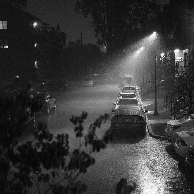 Storms at night [XF23mm | f/4.0 | 1/350 | iso6400] #fujifilm #fujifilm_xseries #xpro2 #night #storm #rain #blackandwhite