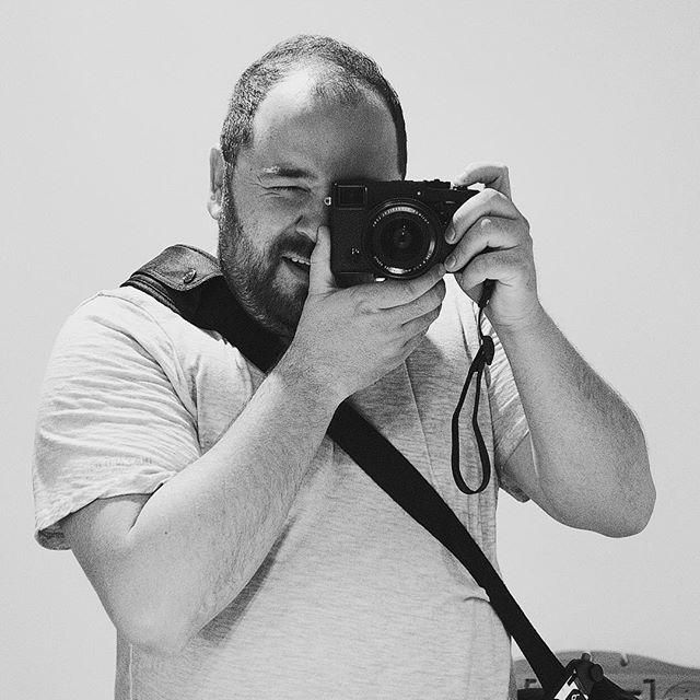This is me!!! [XF23mm | f/2.8 | 1/250 | iso800] #fujifilm #xpro2 #xf23mm #selfie #instagood #beautiful #photooftheday #photo #blackandwhitephotography