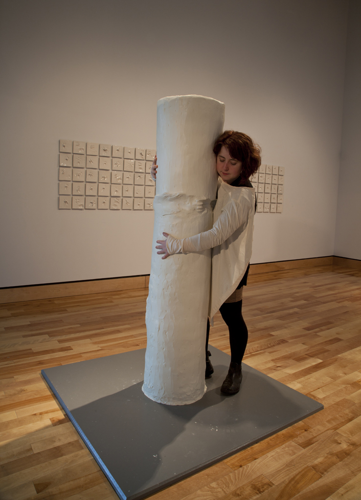 Holding Pillar