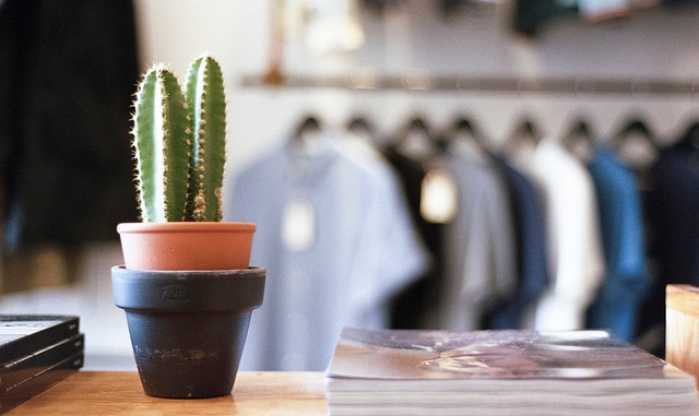 9 Surprising Stats About Locally Owned Brick and Mortar Small Businesses.jpg