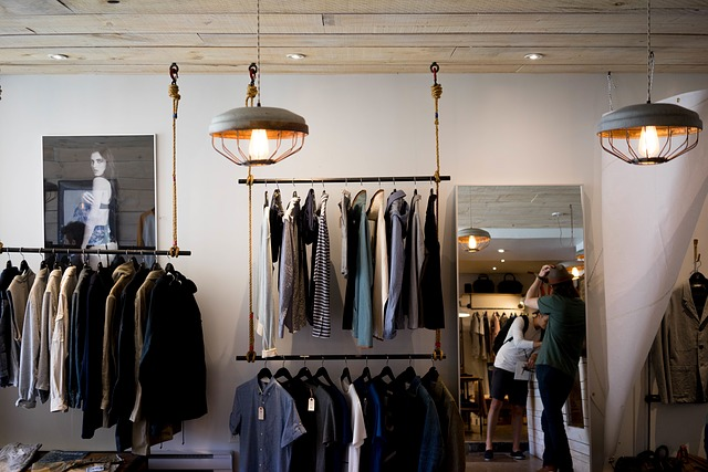 5 Reasons You Should Shop at Locally Owned Brick and Mortar Small Businesses.jpg