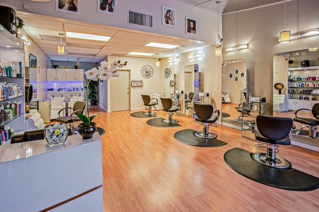 lvrg+funding+salon+salons+loan+line+of+credit+hair+stylists+stylist+for+hair+beauty+shop+term+loans+working+capital+cash+flow.jpeg
