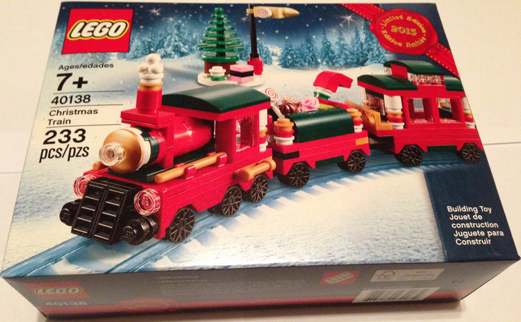 Christmas Promo Set Reviews - Gingerbread House (40139) and ...