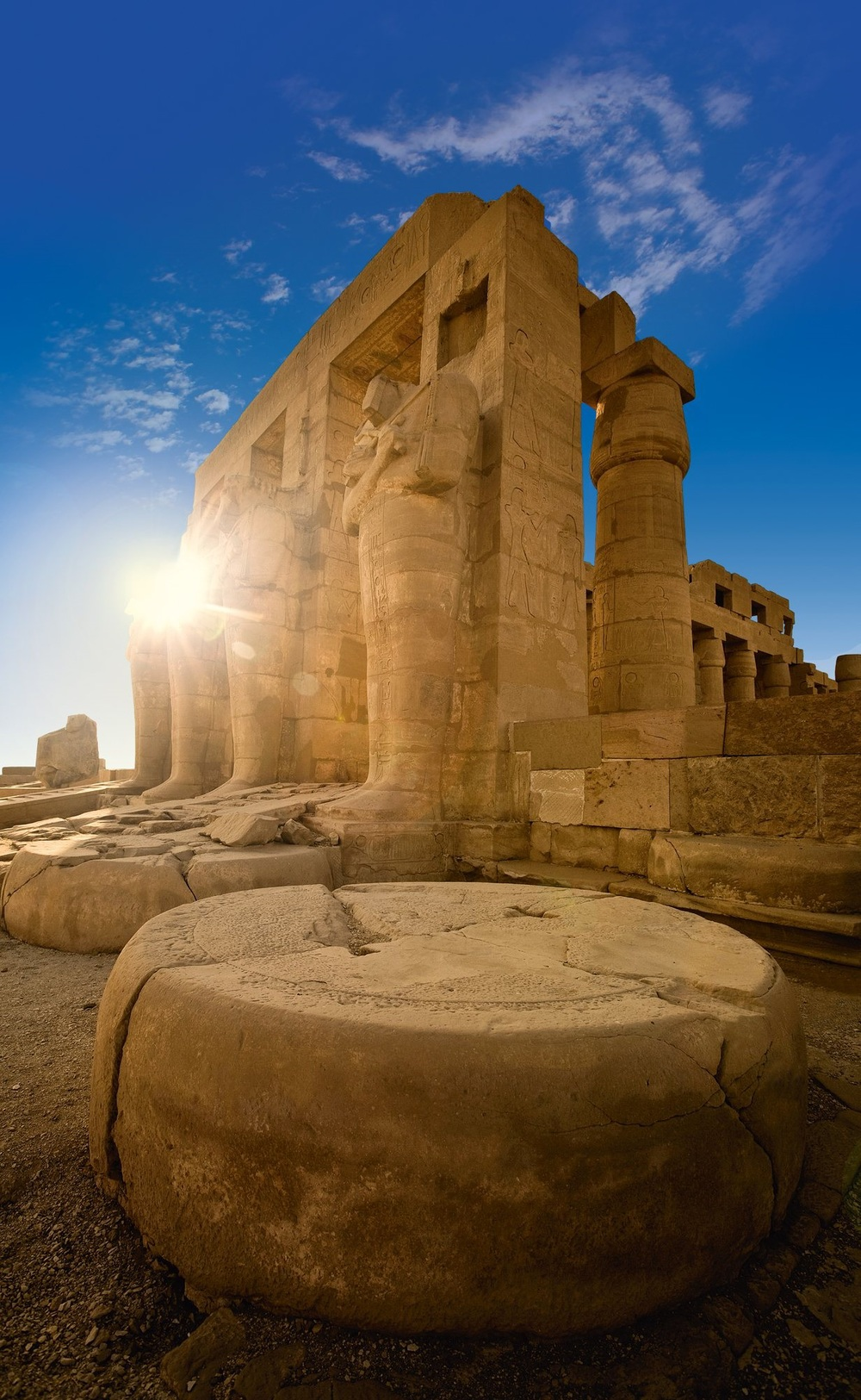 Portico of Ramesseum 2B - Deddeda.jpg
