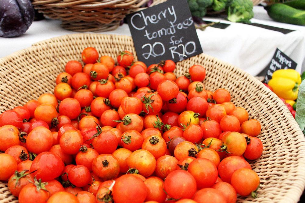 CherryTomatoe.jpg