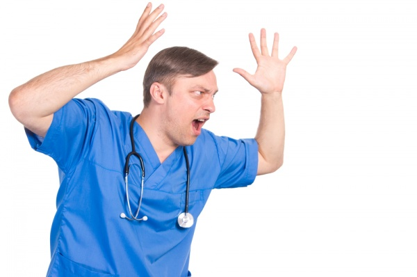 9 FRUSTRATING THINGS ABOUT PATIENTS