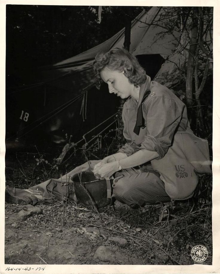 1943- U.S. Army nurse, attached to a field evacuation hospital, during Second Army maneuvers in Tennessee.