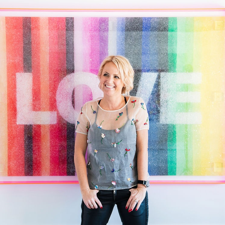 Today, Kristi's work has been featured in over 70 publications, including Architectural Digest, Elle Decor, Forbes and World of Interiors, and purchased by entrepreneurs, Hall of Fame athletes and magazine editors across four continents. -