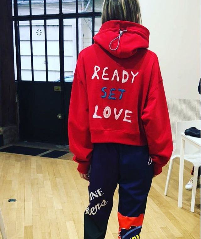#readysetlove #miramikati #miramikatistudio #aw18 #paris #race #fun