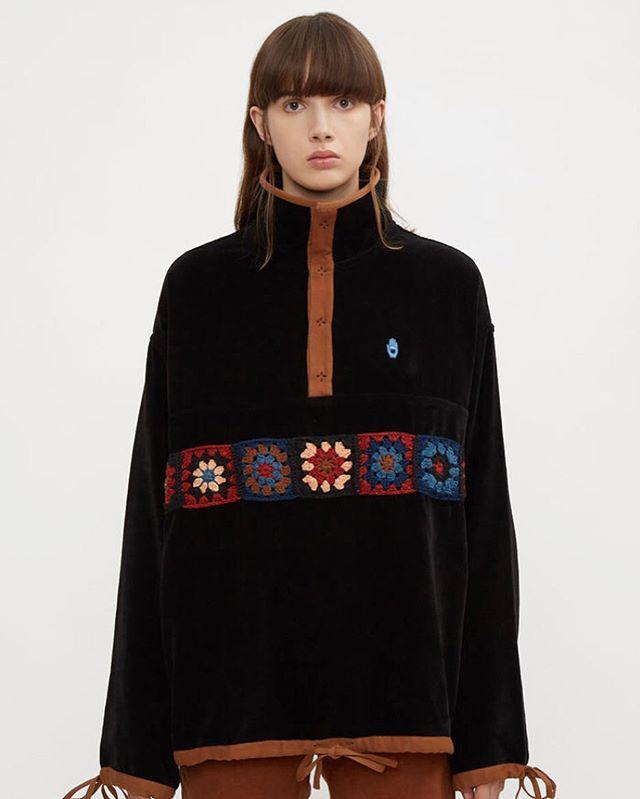 Polite Pullover in Black Lunar Crochet 📷 @thelncc