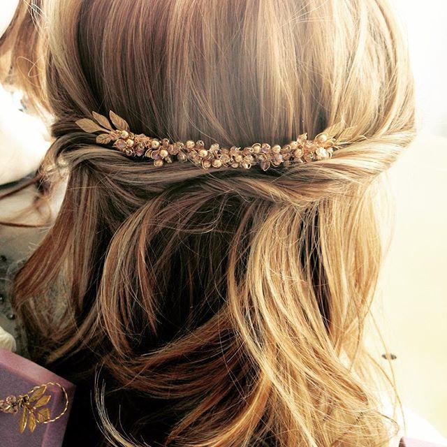 Mini Moon by #PrissyMarilla #weddingjewellery #wedding #bridetobe #weddinghair www.prissymarilla.com