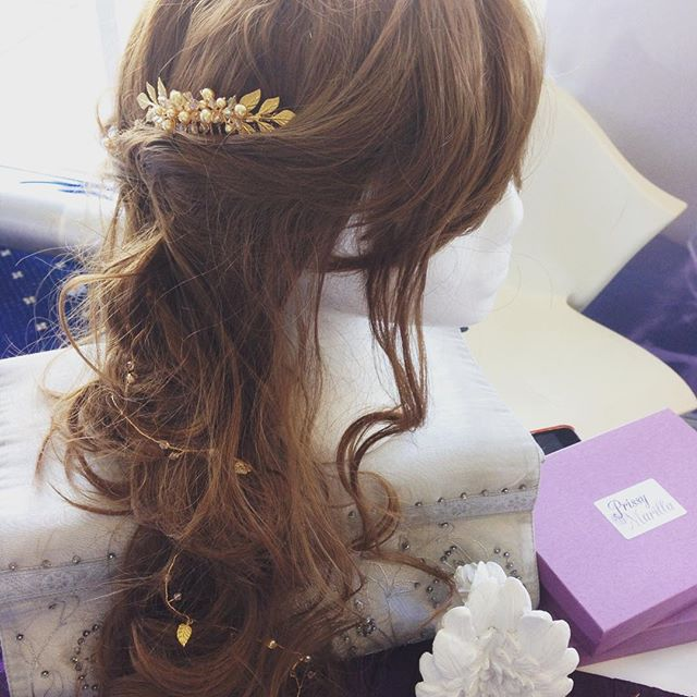 Our new piece: The Honeycomb Trail #PrissyMarilla #weddinghair #weddingjewellery #bridetobe