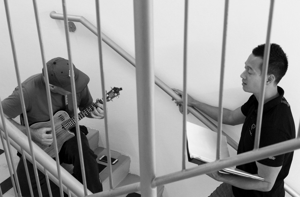 Stairwell Singing 21 AUG 13.JPG