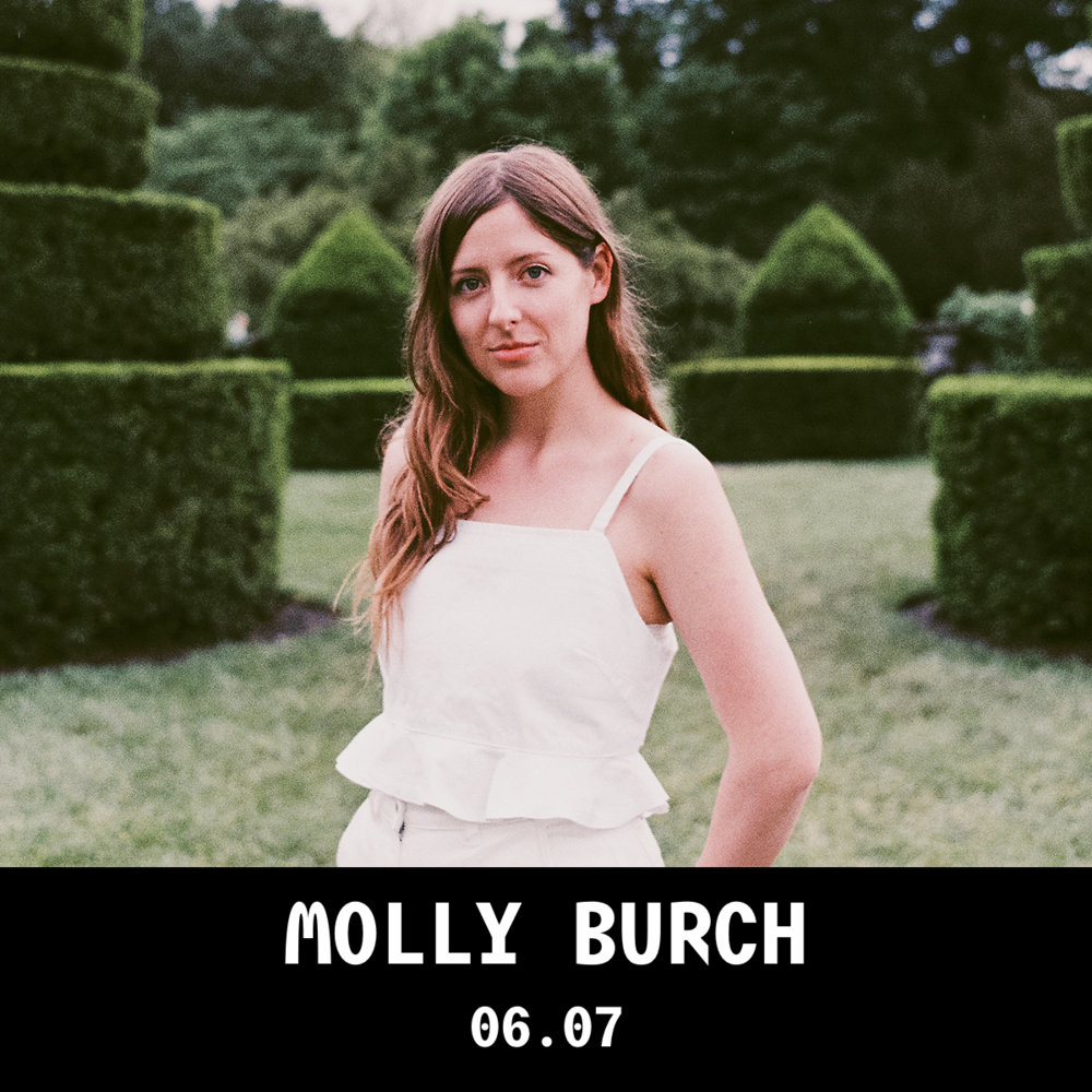 MollyBurch_1x1_web_caixa.png