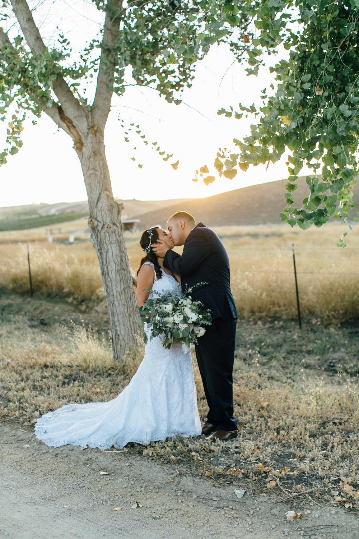 Flores Wedding, 2017 (211 of 338).jpg