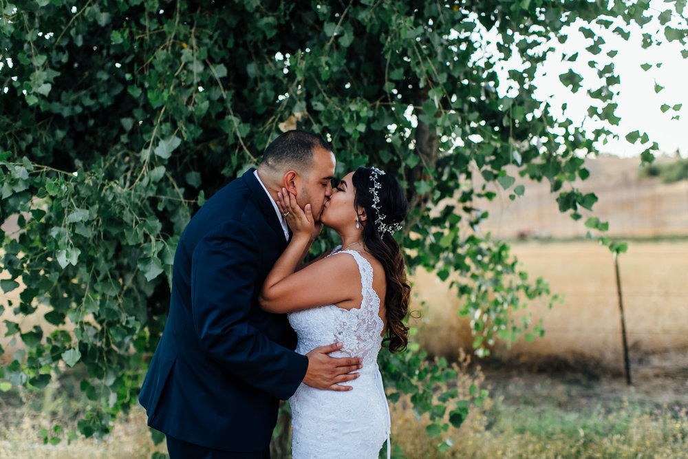 Flores Wedding, 2017 (225 of 338).jpg