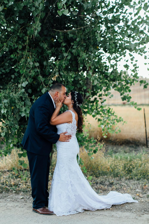 Flores Wedding, 2017 (226 of 338).jpg