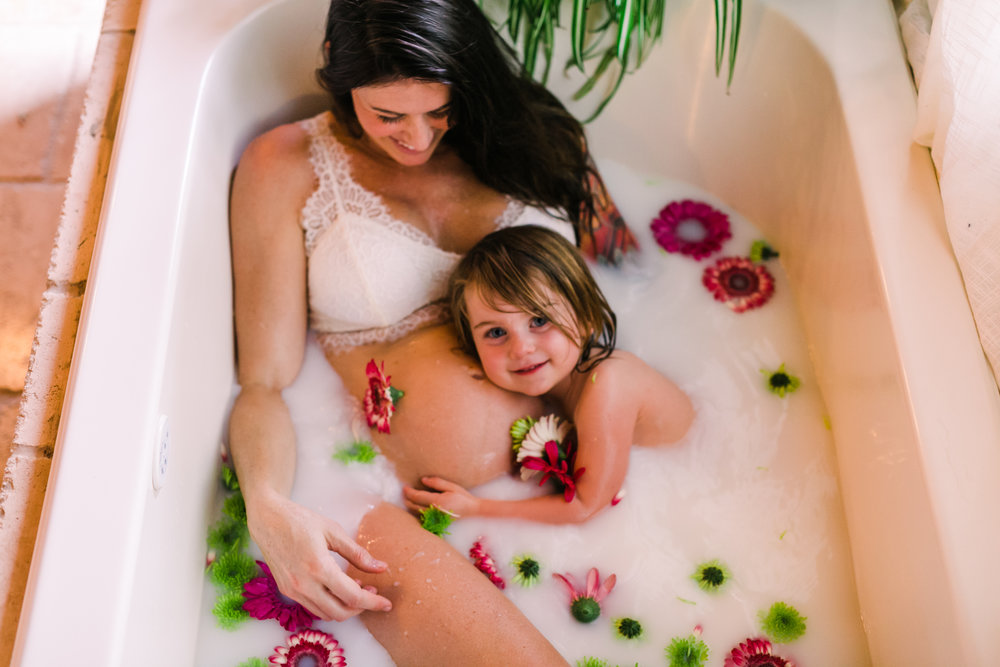 alabama+maternity+milk+bath (13 of 26).jpg