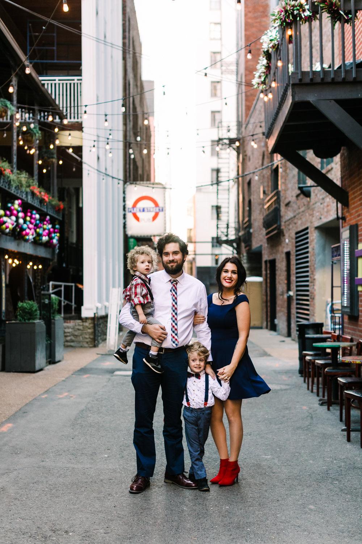 printers+alley+nashville+family+photos (1 of 19).jpg