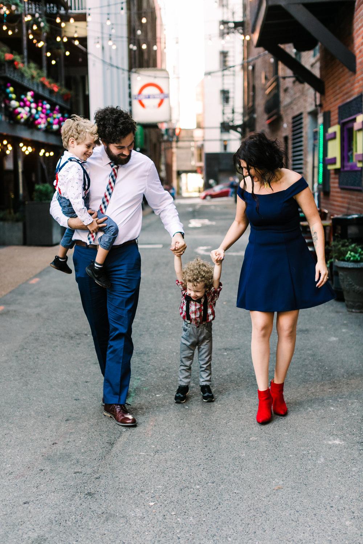 printers+alley+nashville+family+photos (7 of 19).jpg