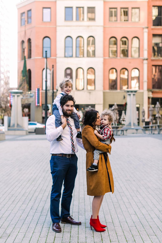 printers+alley+nashville+family+photos (16 of 19).jpg