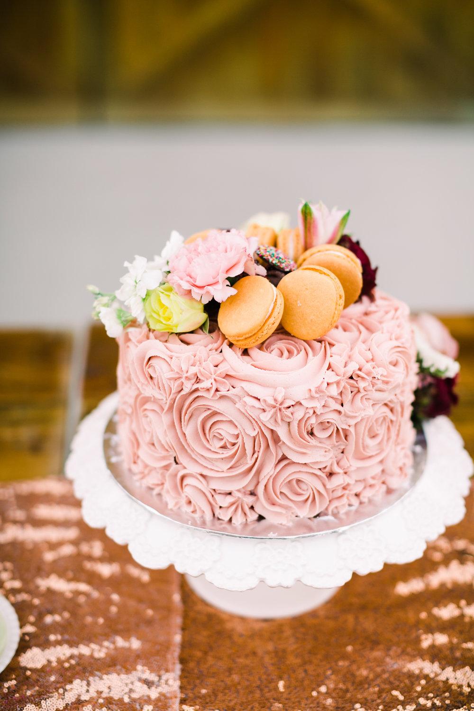 romantic+valentines+day+wedding+sweets (3 of 23).jpg