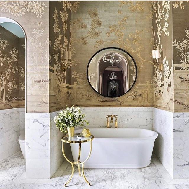What a dreamy bathroom 😍 Wallpaper by @graciestudio #kristinashleyinteriors #wallpaper #designerbathroom #inspirationphoto #handpaintedwallpaper #luxurybathroom #luxuryinteriors