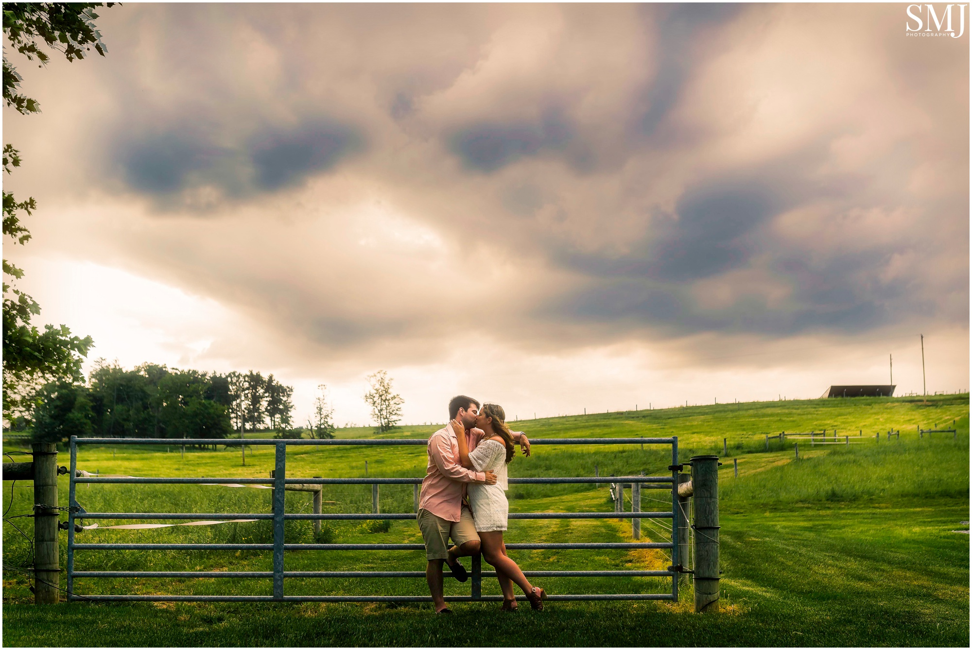 I was scouting locations before their engagement session and came across this small farm that was off the beaten path from the main road. The sky started to become a little scary at this point but we pressed on and it was totally worth it.