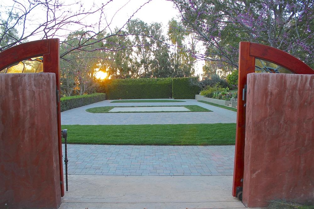 maravilla-gardens-reception-area