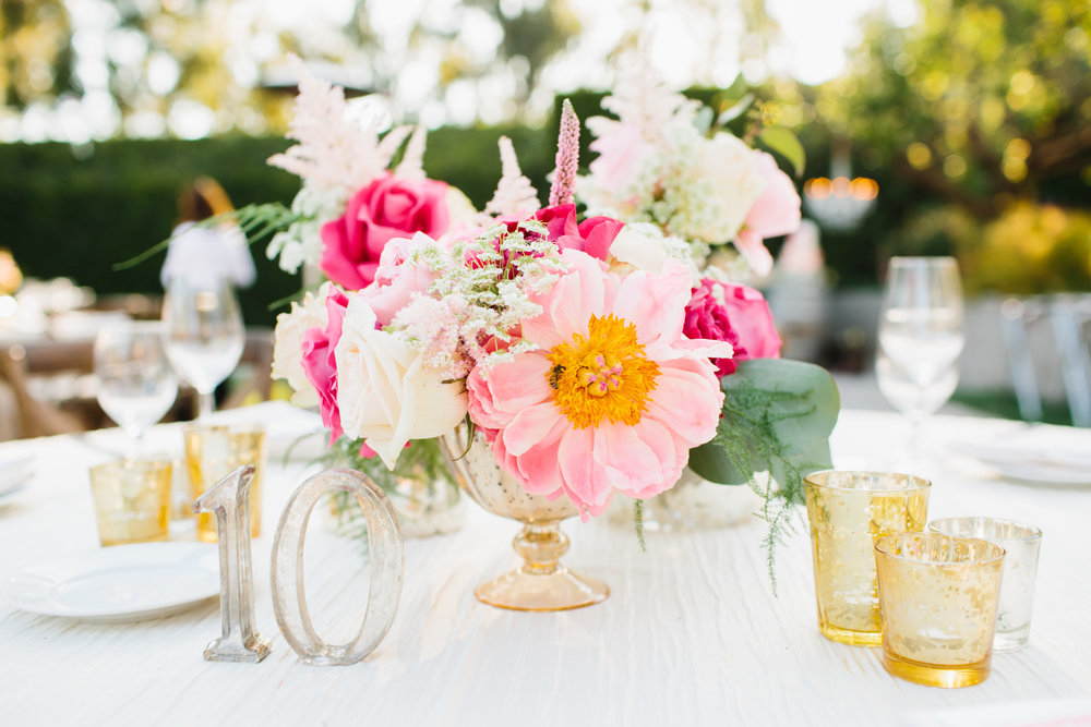 Arrangement by Belle of the Ball Designs || Photo by Marianne Wilson Photography