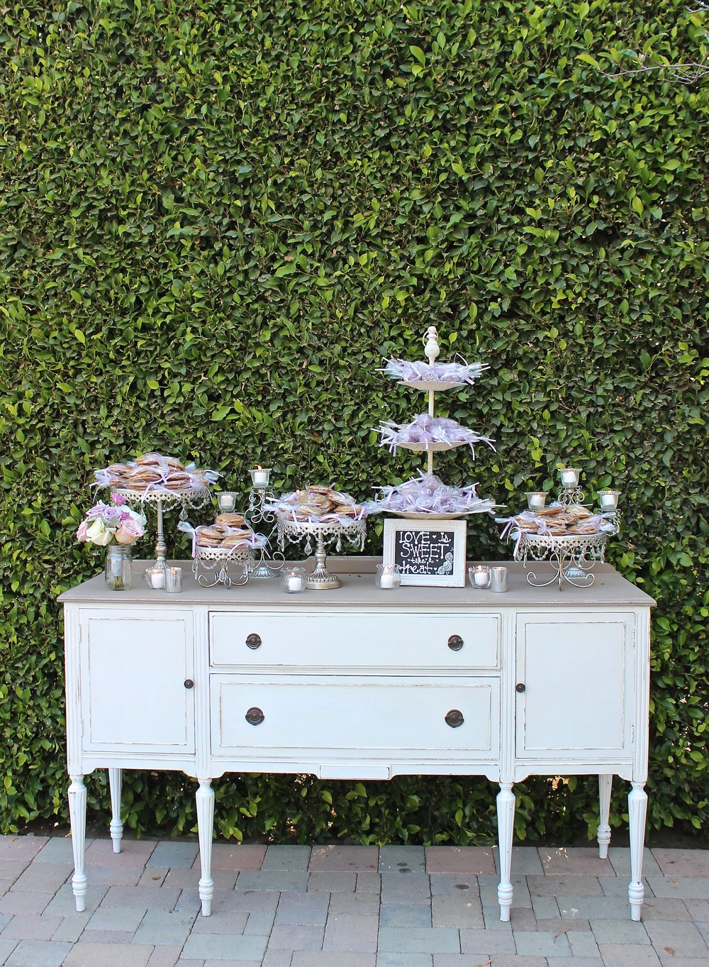 WHITE/GRAY BUFFET - $145