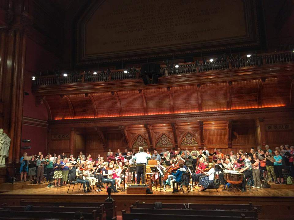 "Steve Karidoyanes Rehearses Tom Vignieri's ""The Tides"" with Boston Masterworks Chorale"
