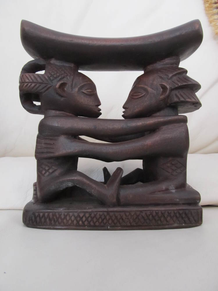 Luba Shankadi headrest